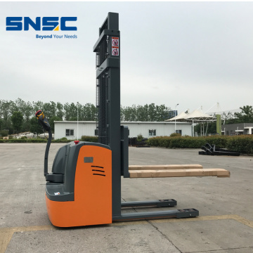 Logistic Equipement 1.2 Tons Electric Stacker DB12
