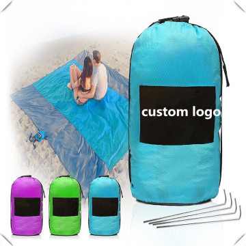 customized logo MOQ 100 high quality waterproof blanket