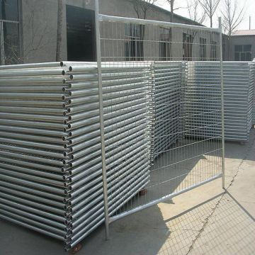 Galvanized can be customized punching stadium temporary  fence
