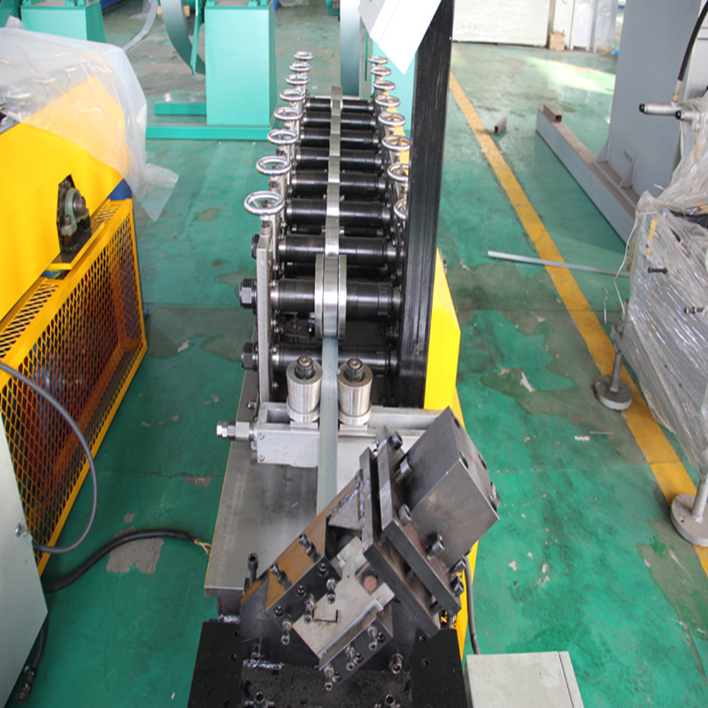 Light keel profiles production machine