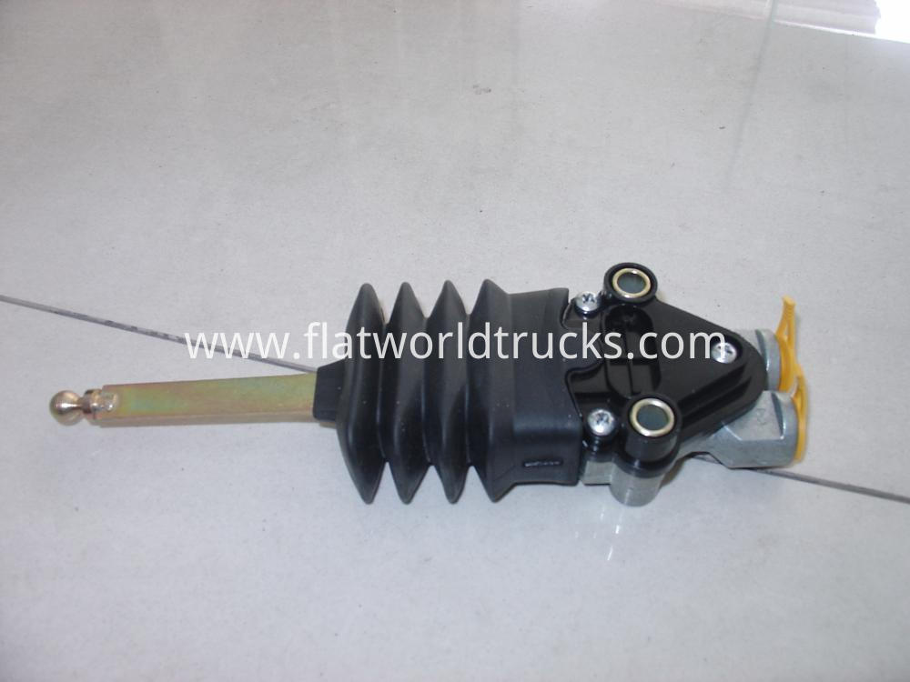 SCANIA TRUCK LEVELLING VALVE