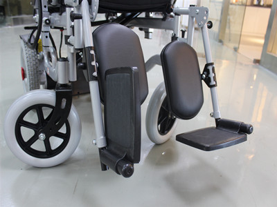 Multipurpose electric wheelchair (3)