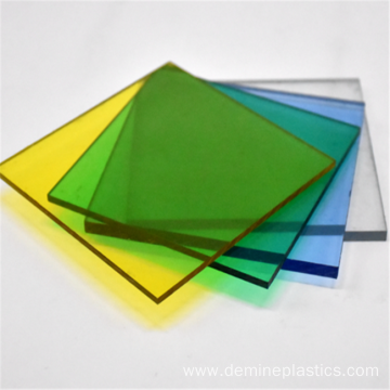 Smooth wear resistant high transmittance polycarbonate panel