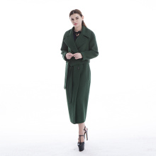 Green cashmere overcoat with temperament