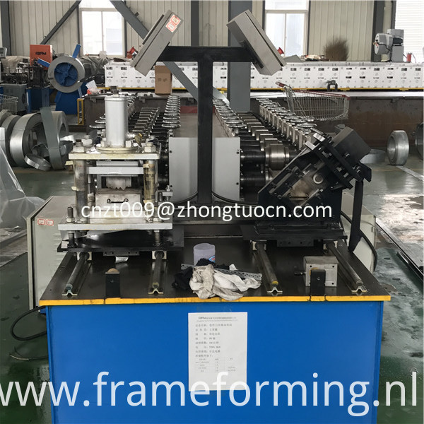 steel shutter door roll forming machine 13