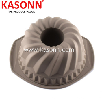 Spiral Fluted Silicone Bundt Cake Pan