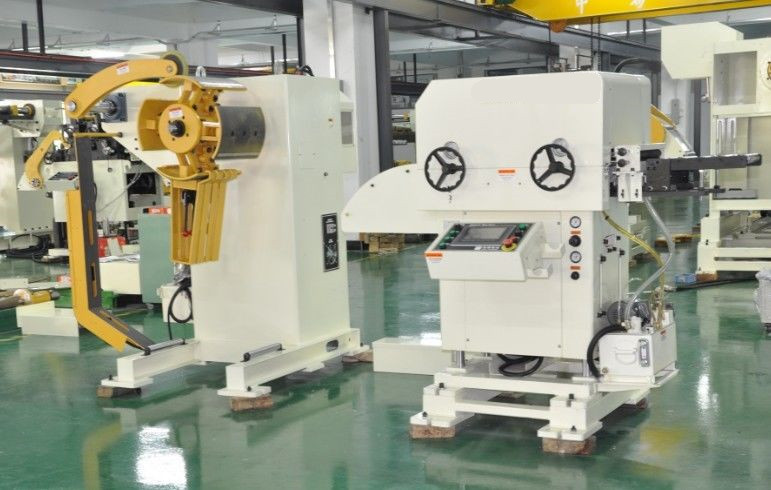 Automatic Press Line Servo Cnc Feeder With Straightener Coil Handling Equipment MAC1