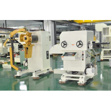 Servo feeder cum straightener cum Decoiler