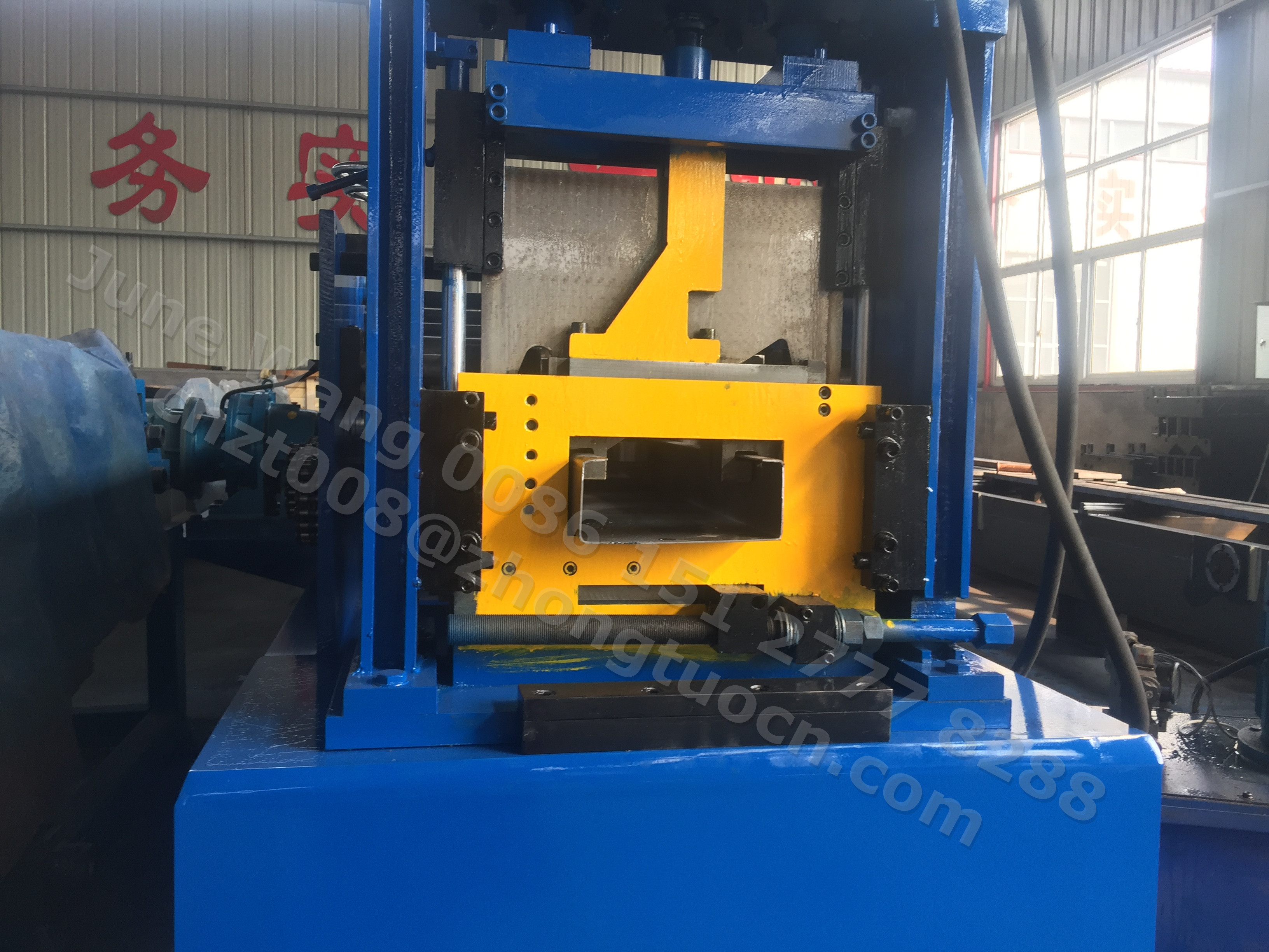 CZ purlin section roll forming machine (3)