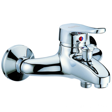 Single-lever brass bathtub faucet hand shower 2 function