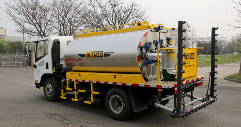 Emulsion Asphalt Distributor