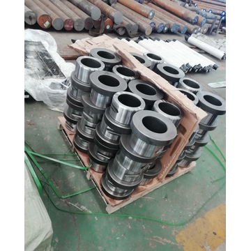 Outer bush hydraulic hammer