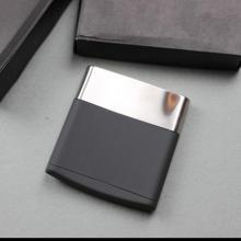 Creative Stainless Steel Cigarette Case Can Put 10Pcs Cigarettes Metal Cigarette Box