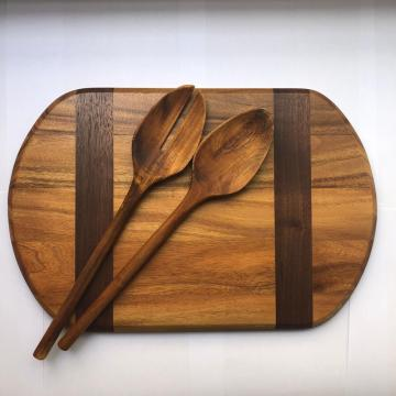 Wooden cutting board without handle