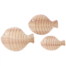 Fish cutting board with handle