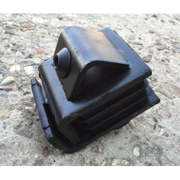 Auto Rubber Engine Mounting Rubber Engine Bracket