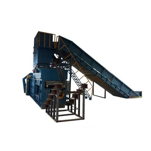 Fully automatic horizontal baling machine with conveyor