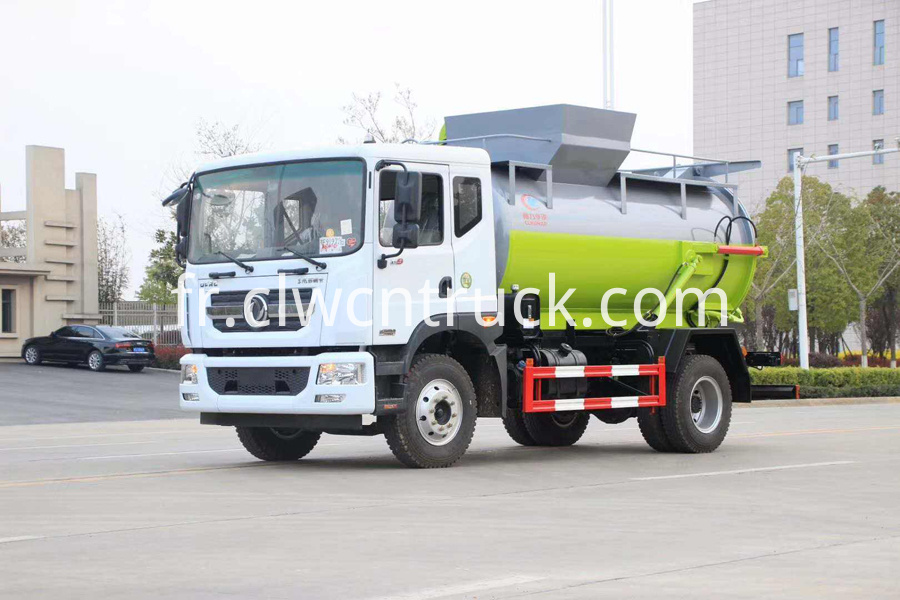 kitchen garbage collecting vehicle