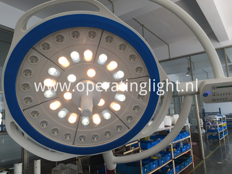 Single arm led light