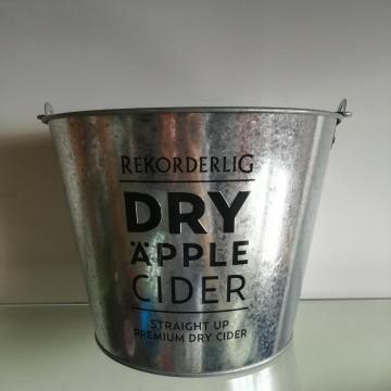 Embossed logo Ice Bucket