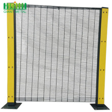 PVC Coated Welded Metal 358 High Security Fence
