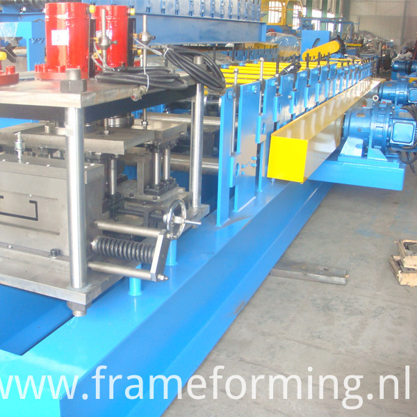 Steel C Lip Purlin Roll Froming Machine