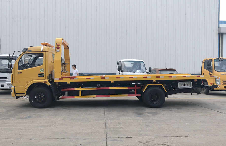 flatbed towing truck 1