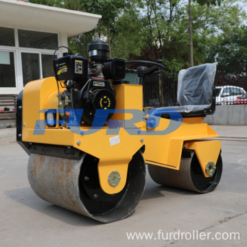 700Kg Diesel Ride On Compactor Road Roller (FYL-850)
