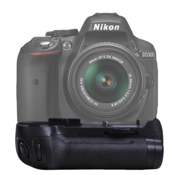 New High Quality MB-D12 Battery Grip for Nikon D800 D800E D810 DSLR Camera MB-D12 work with EN-EL15 or Eight AA battery