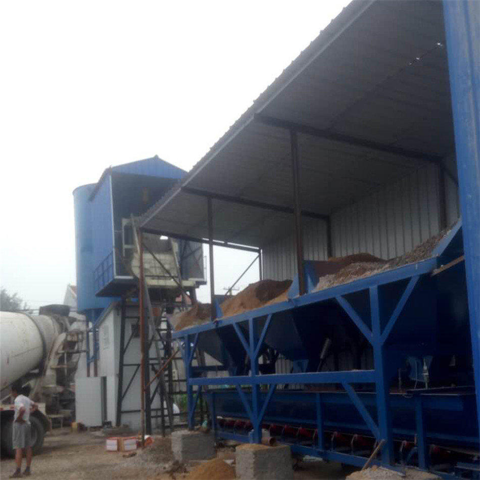 HZS25 concrete mixing plant is a simple and small concrete mixing plant with automatic feeding function. It is a semi-automatic concrete mixer composed of JS500 strong mixer, material supply, batching, electrical control and steel structure.