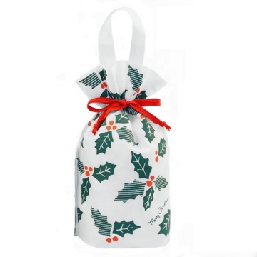 White Non-woven Leaf Pattern Christmas Drawstring Gift Bags