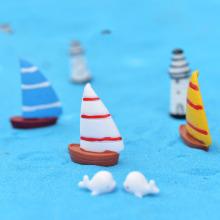 2pcs Artificial Sailboat Boat Miniature Resins Figurines Resin Diy Craft Micro Landscape Moss Terrarium Supplies Ornaments Gifts