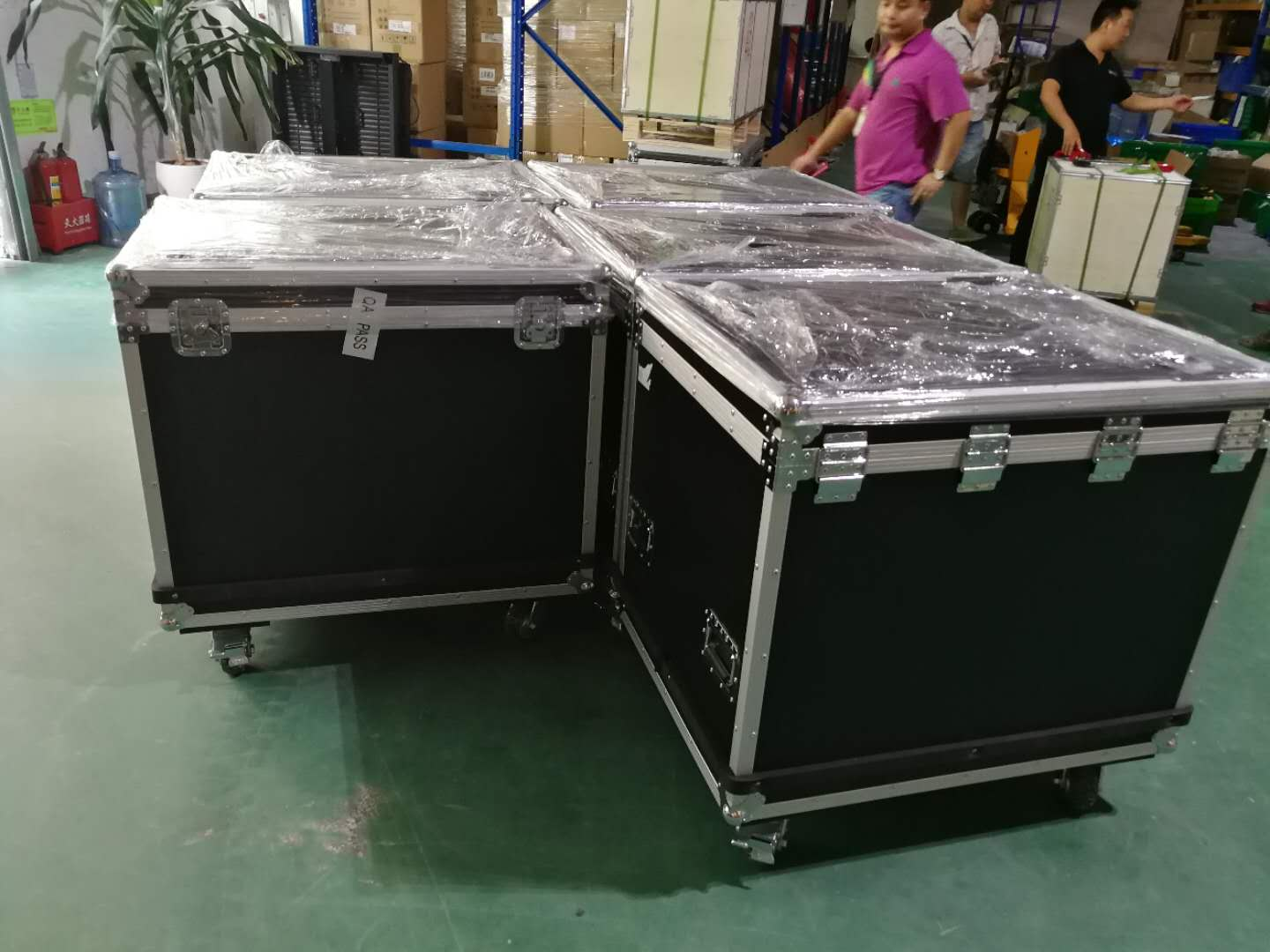 Outdoor Rental led screen light weight -flight case