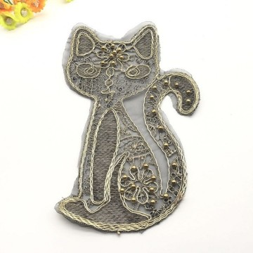 Rope embroidery patch Cartoon golden cat pin beads