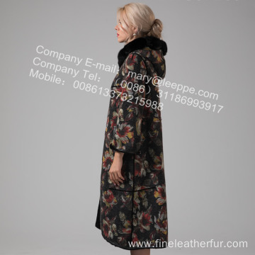 Long Lady Coat With Fur In Winter