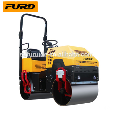 Double drum fully hydraulic vibratory road roller Double drum fully hydraulic vibratory road roller FYL-880