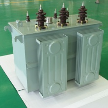 Low loss Amorphous metal transformer