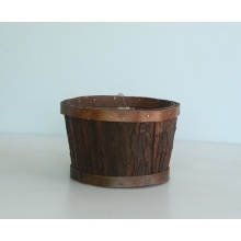 Round nature wood bark flower basket