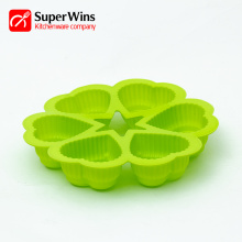 6-Cup Heart Shaped Bakeware Silicone Muffin Pan