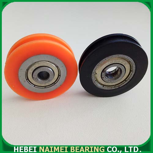 V-grooved roller with bearing