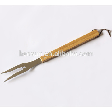 Barbecue Tools Wooden Handle BBQ Roasting Fork
