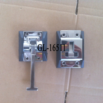 truck door keeper with spring return