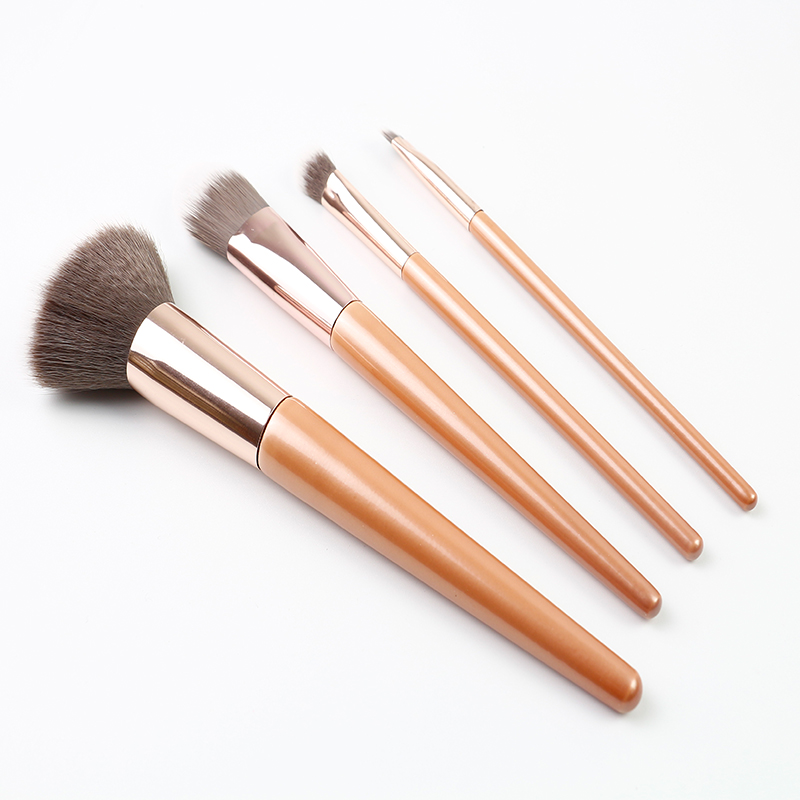 Pearl Orange Custom Makeup Brush