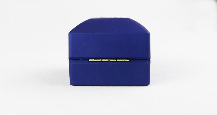 Lacquered Surface Blue Plastic Jewelry Box for Ring
