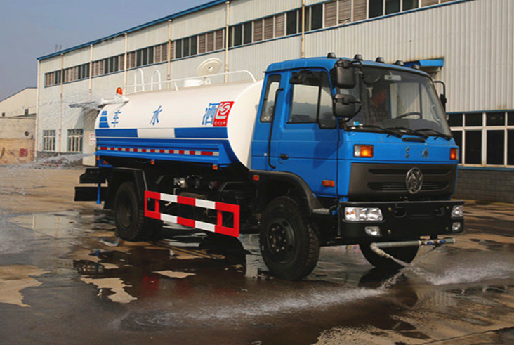Dongfeng 4X2 Carbon Steel 7m³ Water Bowser