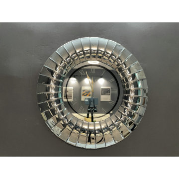 Mirror round huge mirrored clock