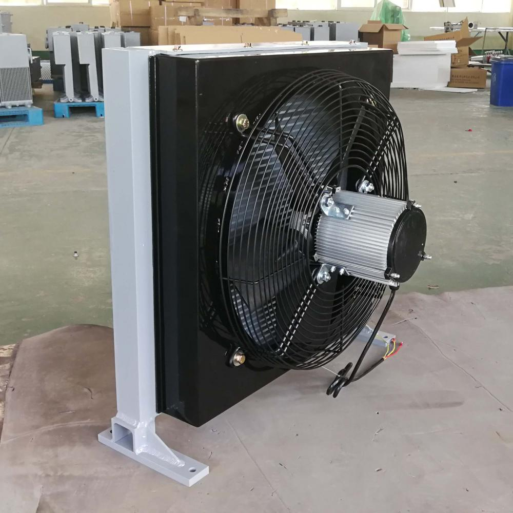 Water Cooled Oil Cooler With Fan