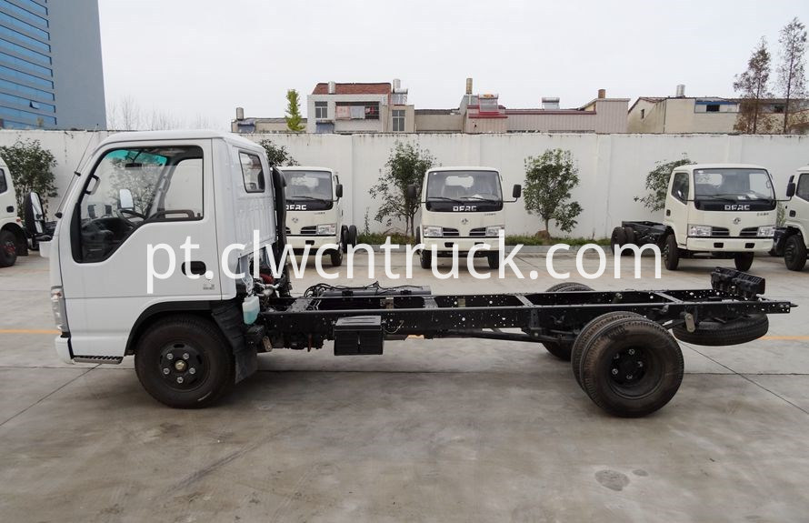 Accident Recovery trucks chassis 3