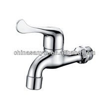 Side mounted waterfall bathtub foot pedal faucet