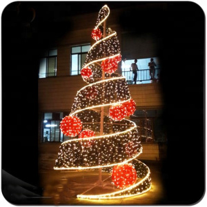 COMMERCIAL CHRISTMAS TREE LIGHT INSTALLATION